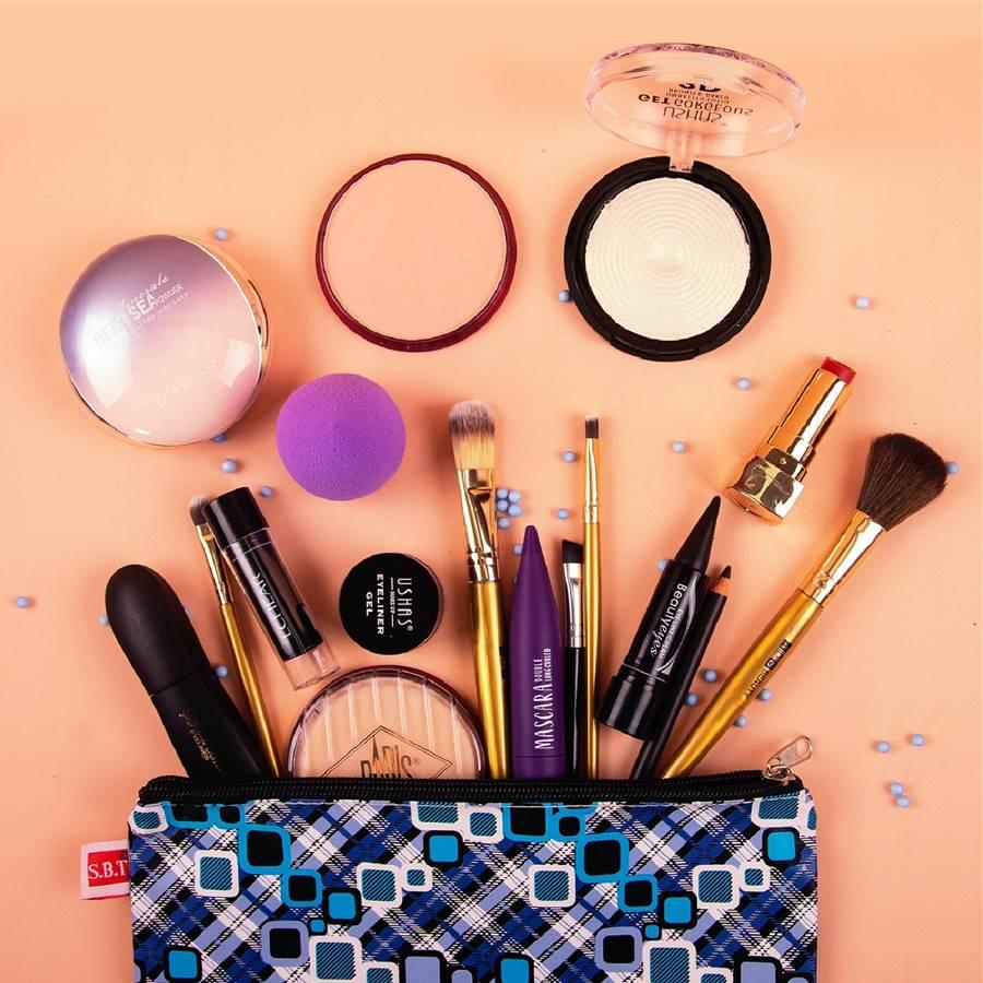 Maquillaje fresco y rejuvenecedor a prueba de verano: los 10 imprescindibles